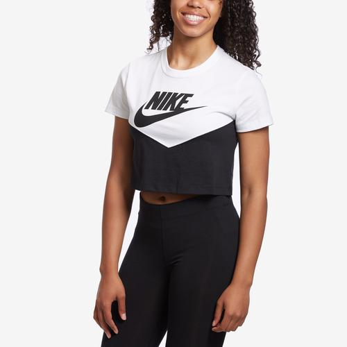 Nike Women's Sportswear Heritage Short-Sleeve Top