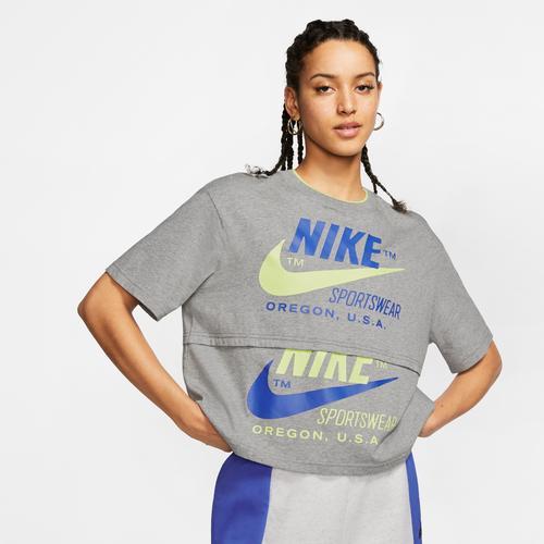 Nike Women's Sportswear Icon Clash Top