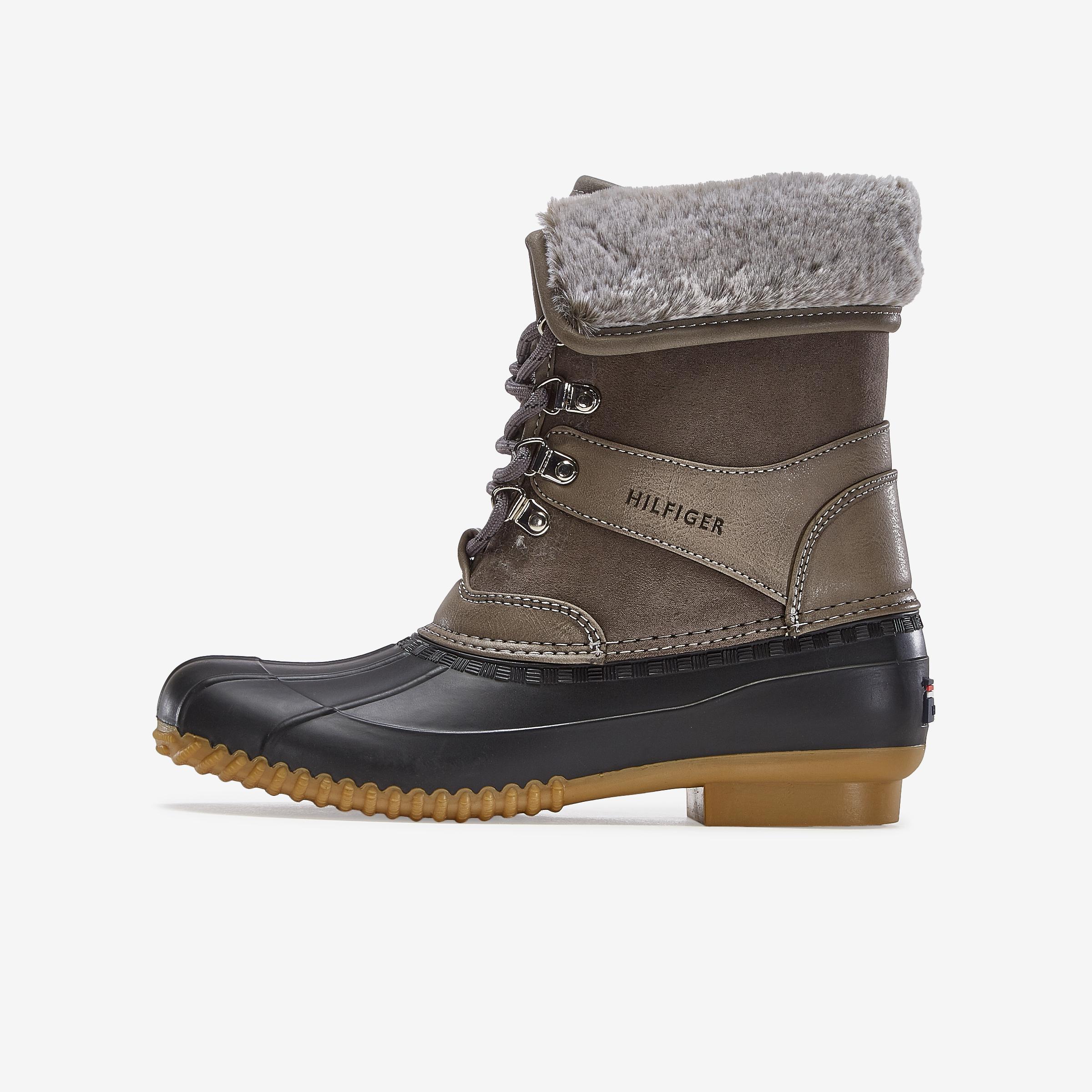 Rusteen Boot