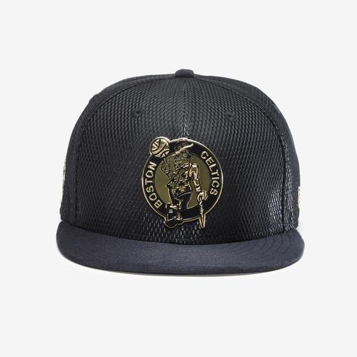 New Era Celtics Snapback Metal Badge