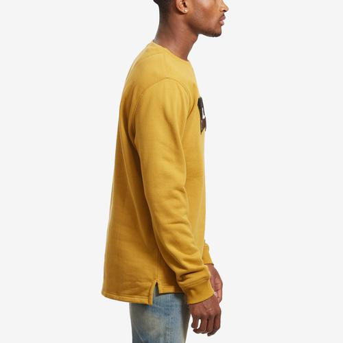 Right Side View of Levis Men's Umali Chenille Logo Crewneck
