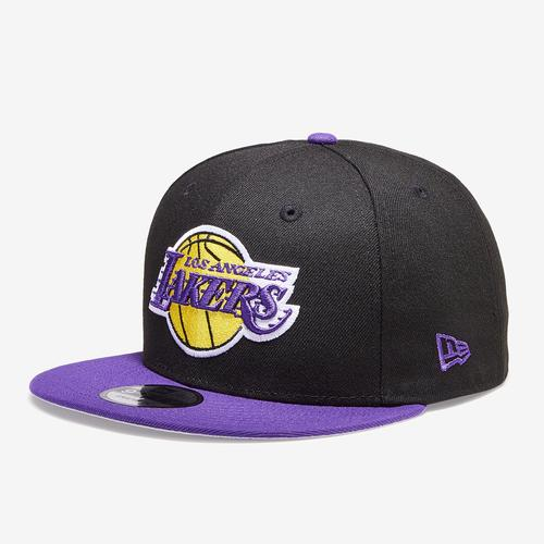 Front Right View of New Era Lakers 9Fifty Snapback