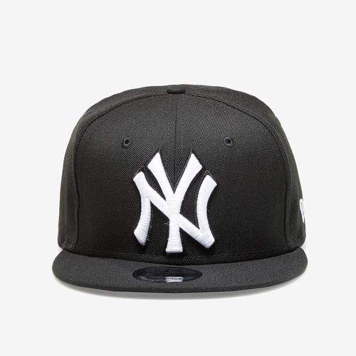 New Era Yankees 9Fifty Snapback Metal Badge