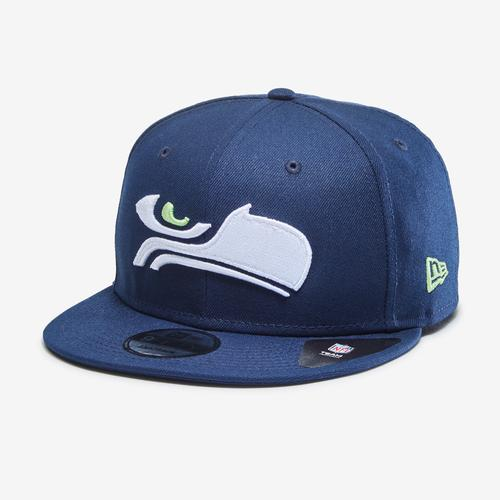 Front Right View of New Era Seahawks 9Fifty Snapback