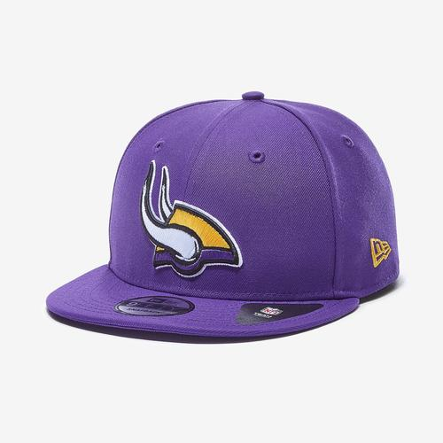 Front Right View of New Era Vikings 9Fifty Snapback