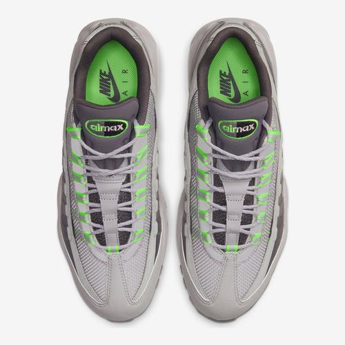 Bottom View of Nike Men's Air Max 95 Utility Sneakers