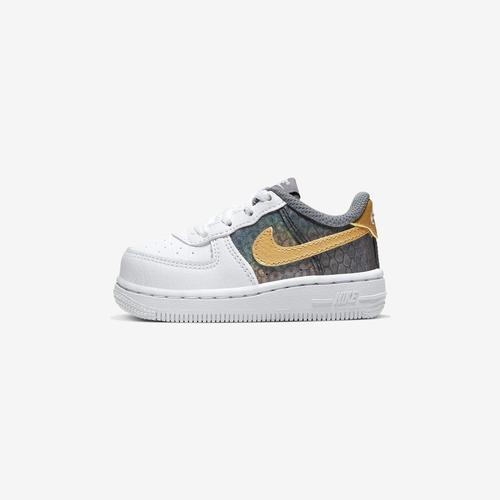 Left Side View of Nike Girl's Toddler Force 1 SE Sneakers