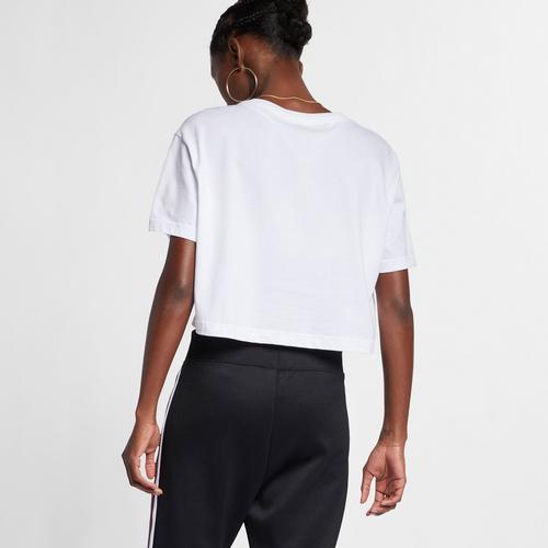 Nike Women's Sportswear Essential Cropped T-Shirt