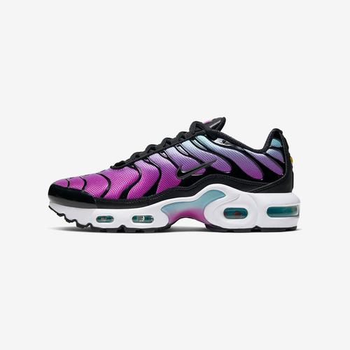 Left Side View of Nike Boy's Grade School Air Max Plus Sneakers