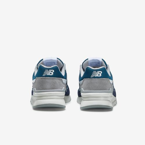 Back View of New Balance Men's 997H Sneakers